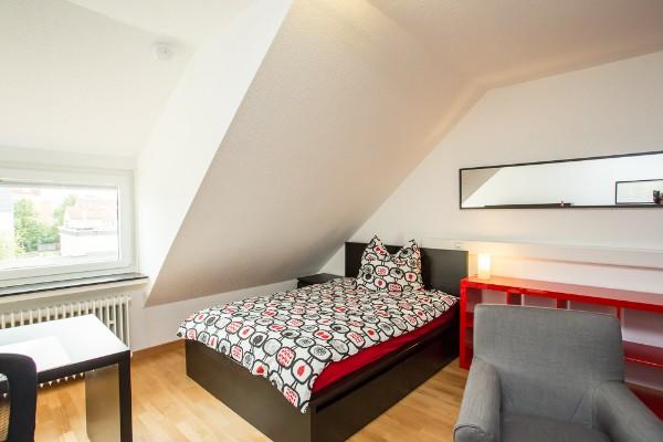 zimmer 206. Black Bedroom Furniture Sets. Home Design Ideas